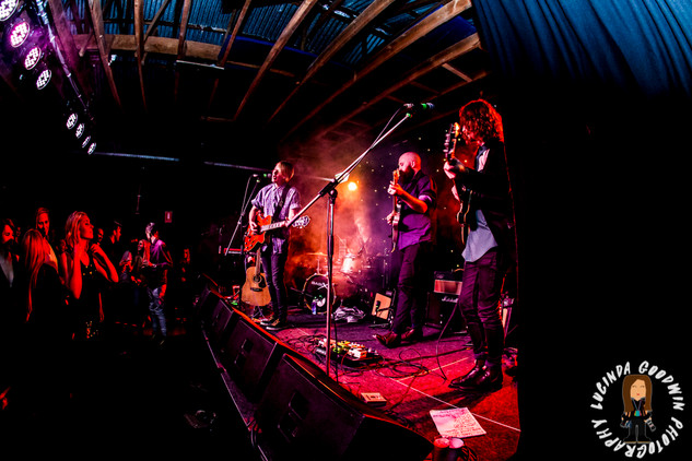LG__20160902_00135_Famous_Will_Farewell_for_now___Workers_Club,_Geelong