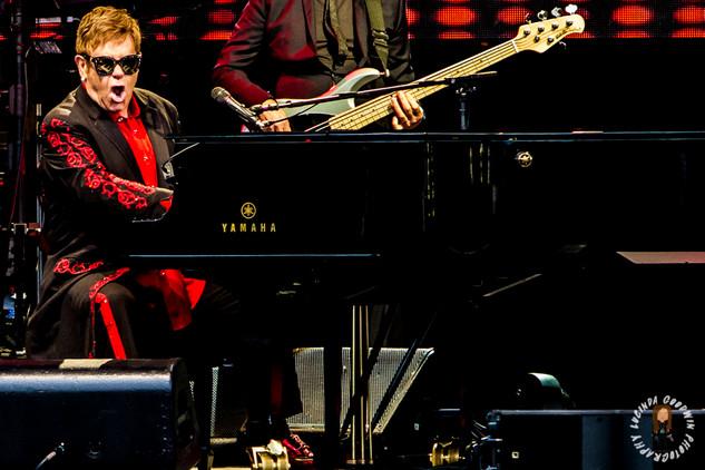 LG__20171001_00043_Sir Elton John