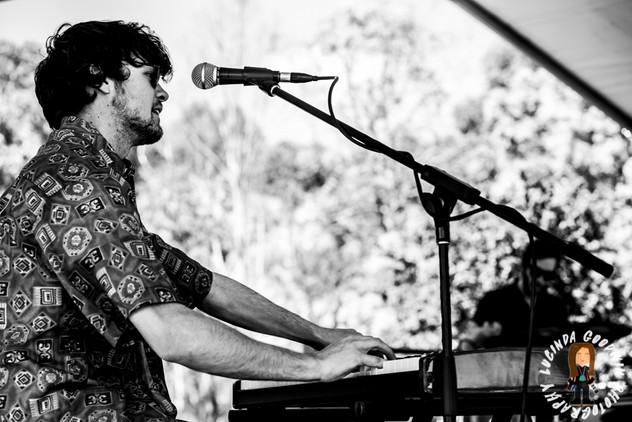 LG__20161008_00040_Rach_Brennan_&_The_Pines___Birregurra_Festival_2016