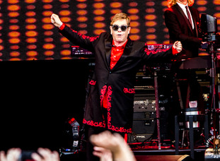 ELTON JOHN @ ROCHFORD WINES, A DAY ON THE GREEN