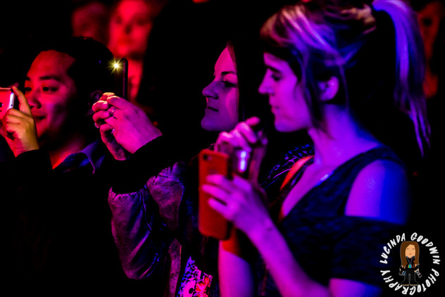 LG__20160902_00102_Famous_Will_Farewell_for_now___Workers_Club,_Geelong