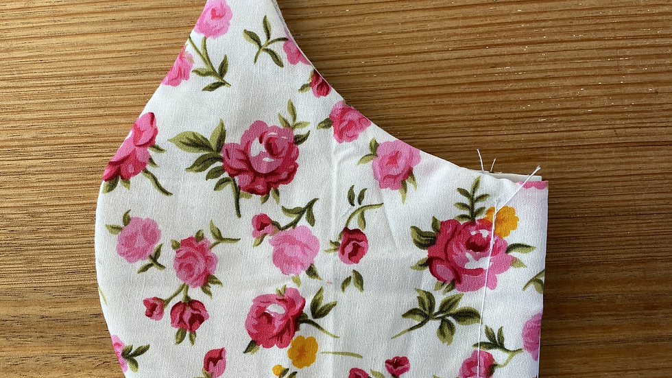 Cotton Mask (pink roses)