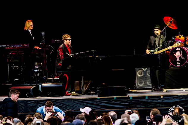 LG__20171001_00047_Sir Elton John