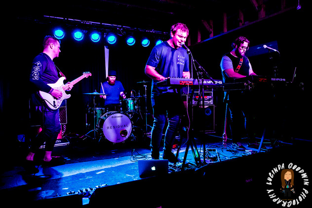 LG__20160822_00016_Jack_and_The_Kids_Supporting_Residual___Workers_Club,_Fitzroy