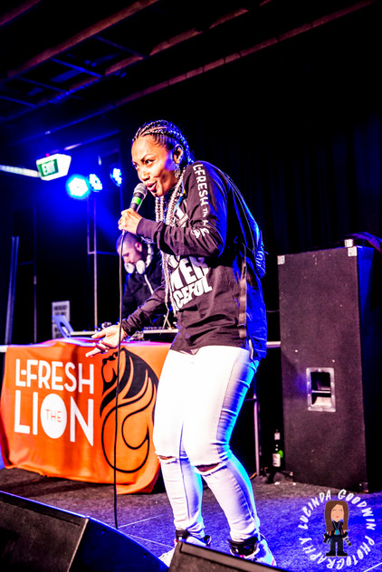 LG__20160903_00073_L_-_Fresh_The_Lion___Workers_Club,_Geelong