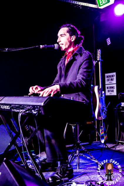 LG__20161028_00119_Tommy_Band_Roulette___Workers_Club,_Geelong