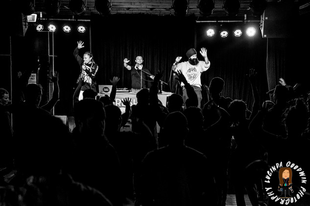 LG__20160903_00165_L_-_Fresh_The_Lion___Workers_Club,_Geelong