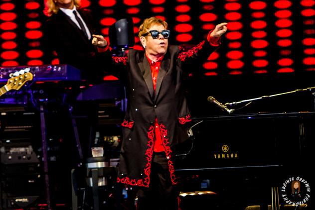 LG__20171001_00036_Sir Elton John