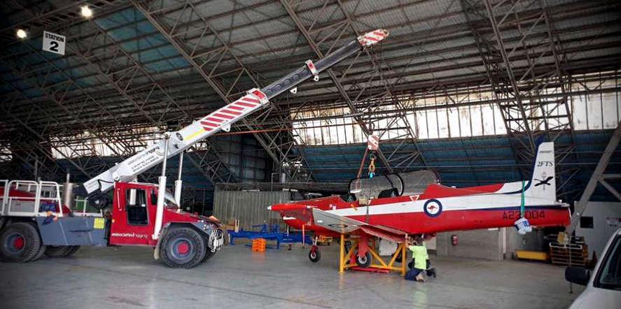 Associated Rigging Crane Hire - Plane Lift