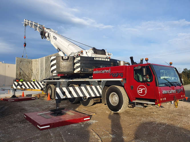 Associated Rigging Crane Hire - Installing Concrete Panels