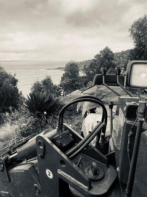 Crane truck hire Geelong Melbourne - Associated Rigging