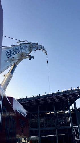 Associated Rigging Crane Hire - Armstrong Creek Shopping Centre