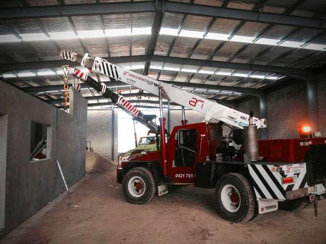 Associated Rigging Crane Hire - Concrete Panel Erection