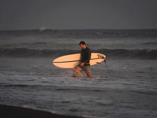 Surfing_El_Paredon_12.jpg