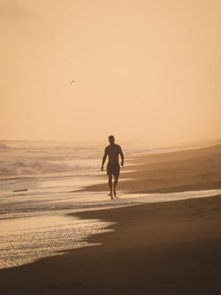 Surfing_El_Paredon_7.jpg