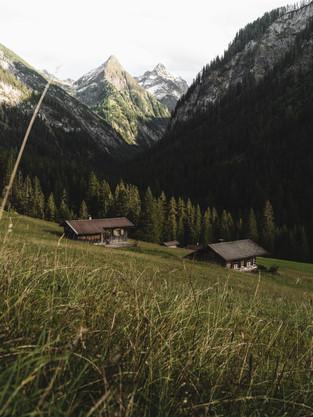 Hiking_E5_57.jpg