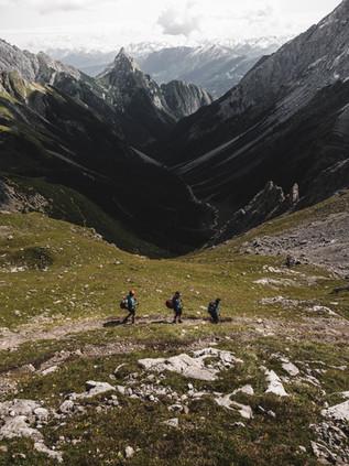 Hiking_E5_84.jpg