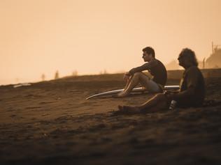 Surfing_El_Paredon_8.jpg