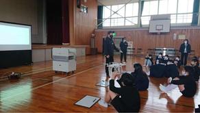 ドローンプログラミング授業(岡山市立角山小学校)