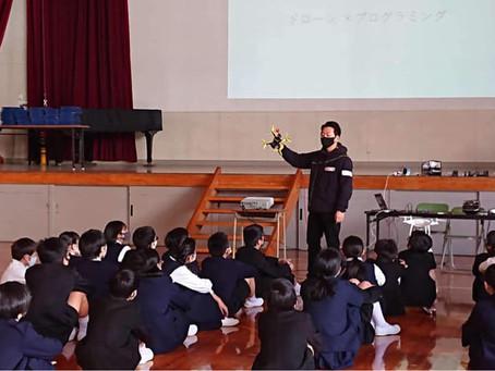 ドローンプログラミング授業(岡山市立西小学校)