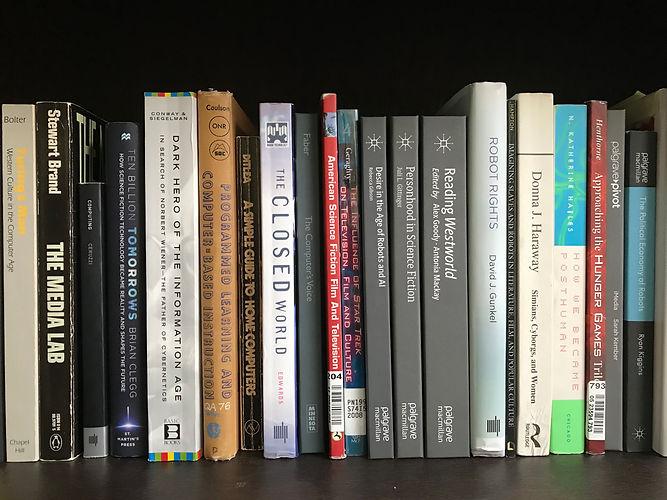 Website banner olain books.jpg