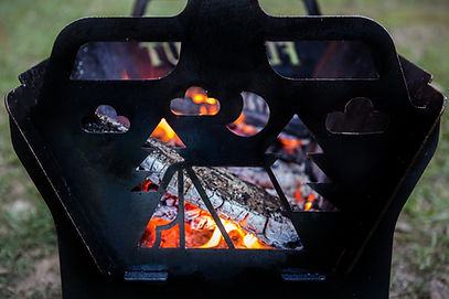fire pit, metal fire pit, flatout fire pit, fire pit brisbane, fire pit sunshine coast, local made, australian made fire pit, camping fire pit, bunnings fire pit, cheap fire pit, best fire pit for cooking, rotisserie cooking, camping recipies, open fire, fire pit for camping