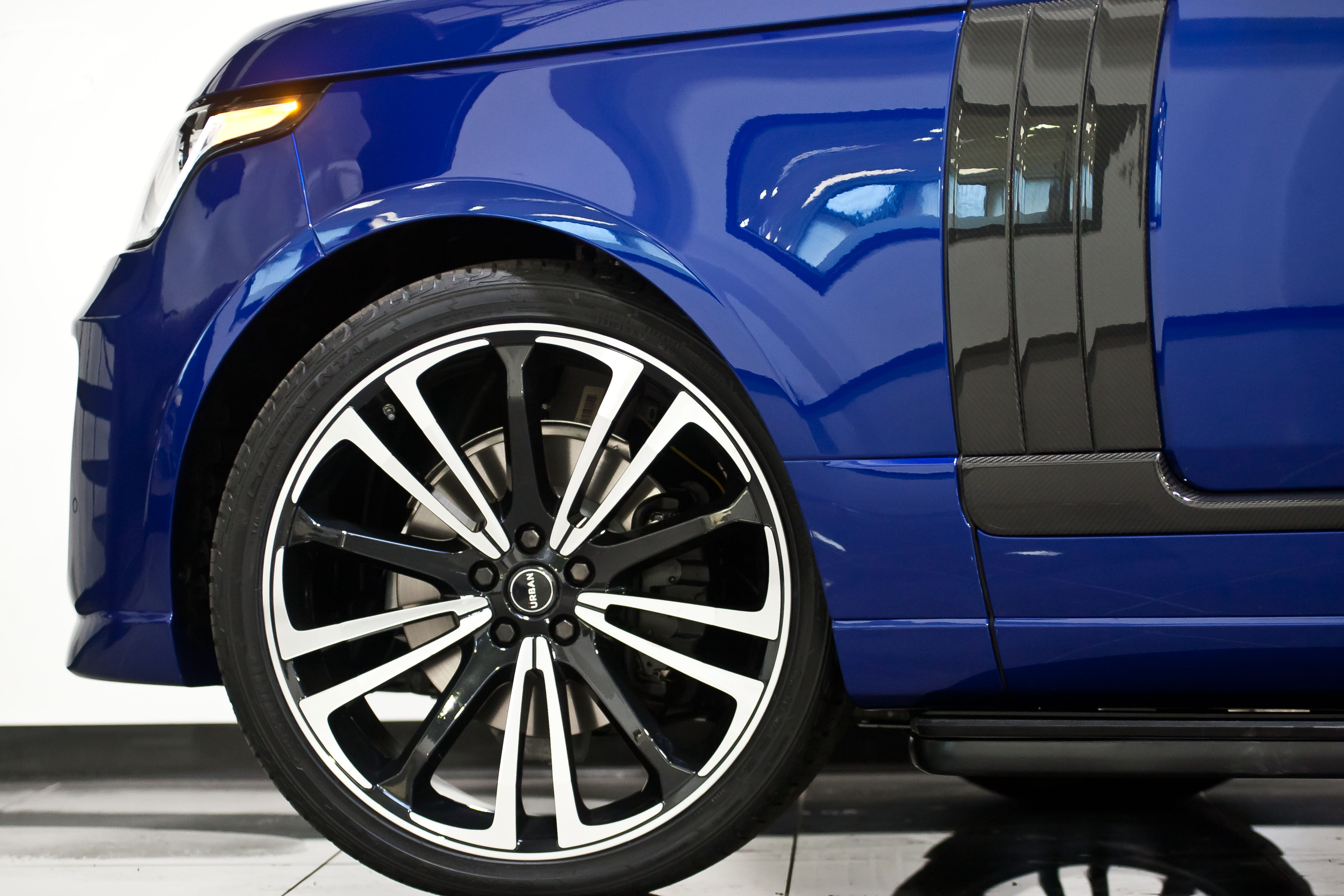 Urvan Range Rover Vogue v2 Estoril Blue48