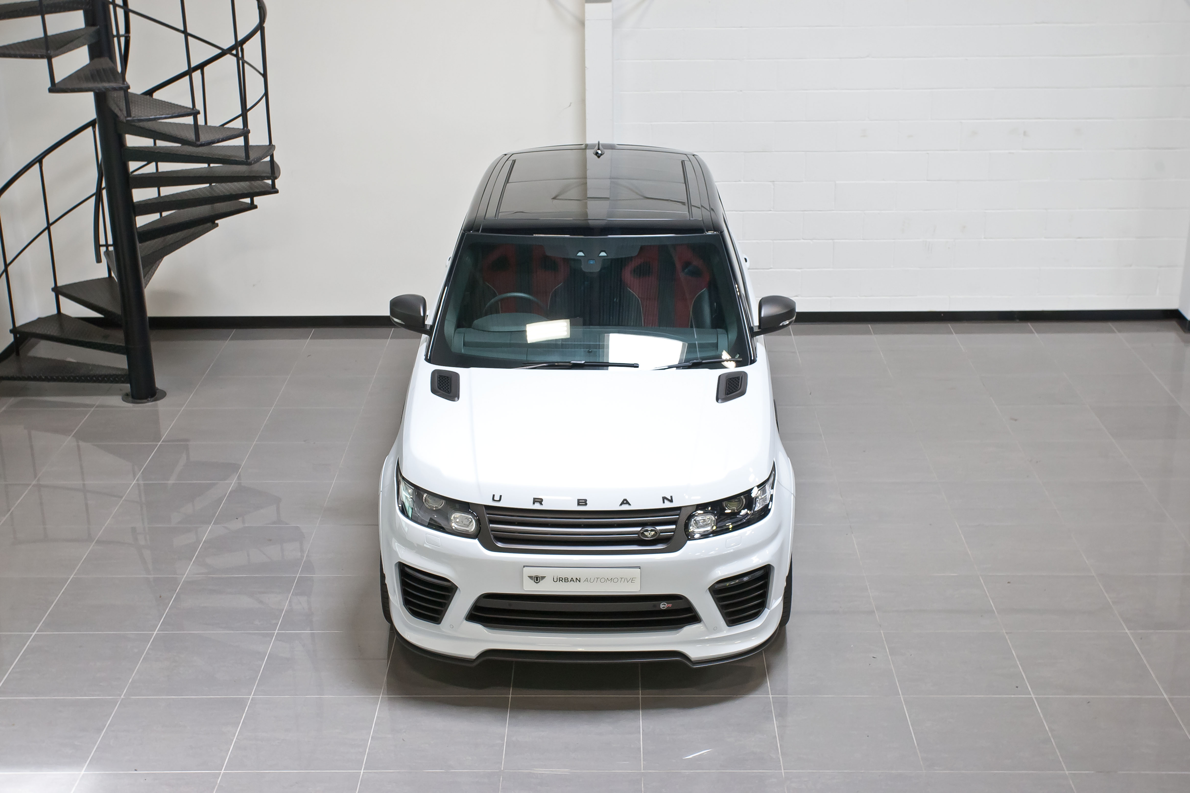 Range Rover SVR Yulong Matte Carbon45