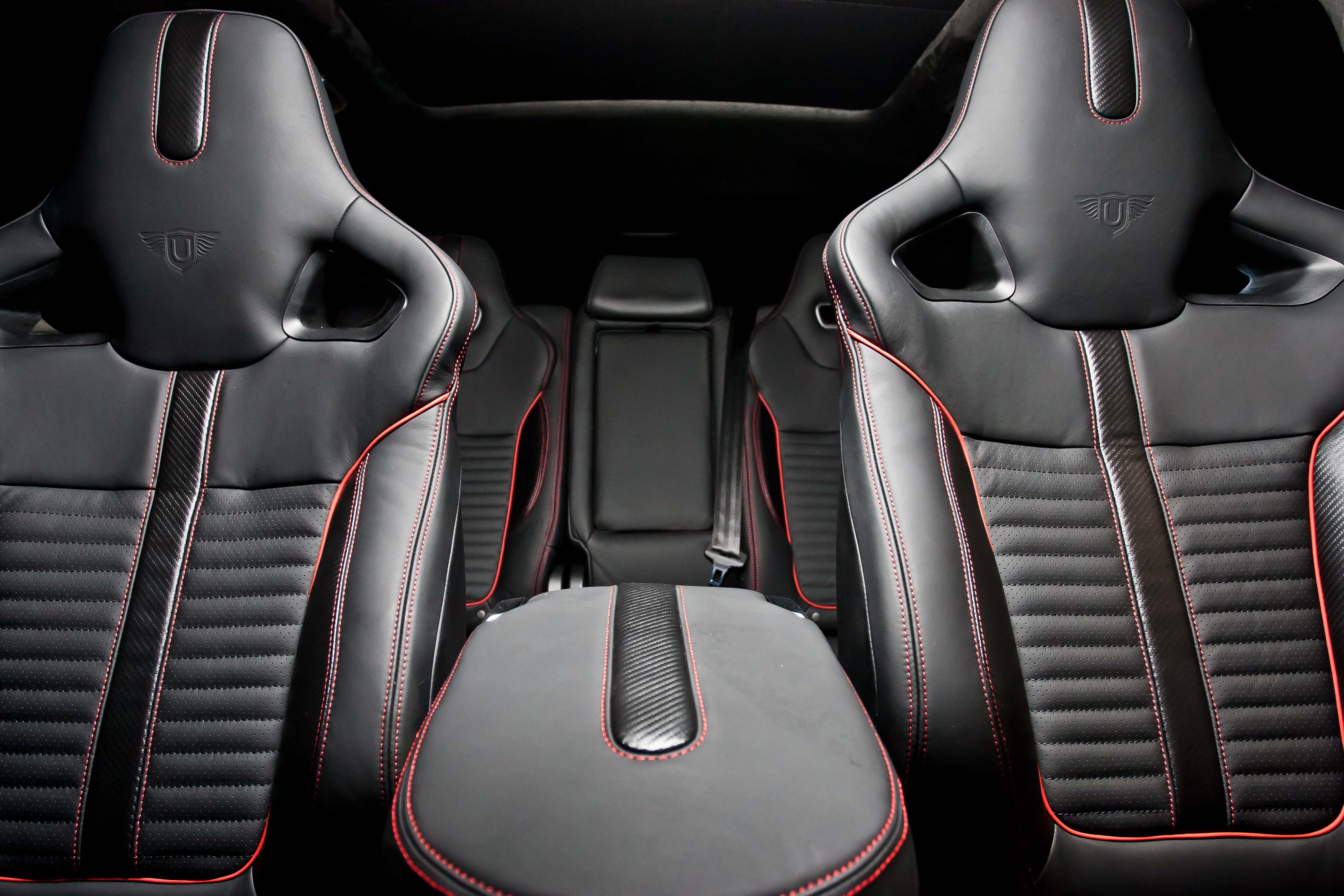 SVR Carbon Bespoke Leather Interior46