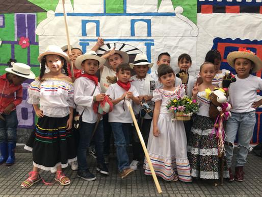 Niños y niñas de preescolar seres diversos y felices