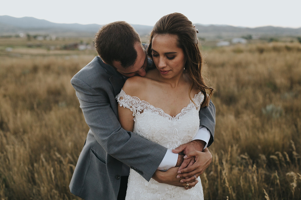 Colorado rustic chic energetic farm wedding