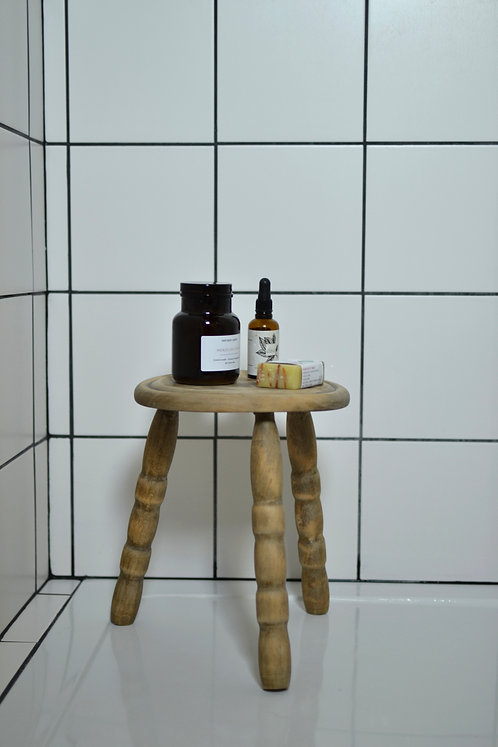Tabouret tripode rond