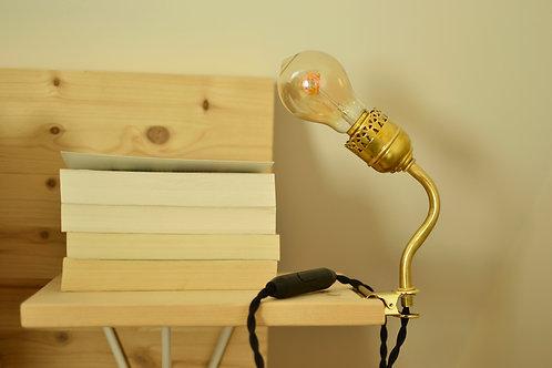Lampe à pince dorée