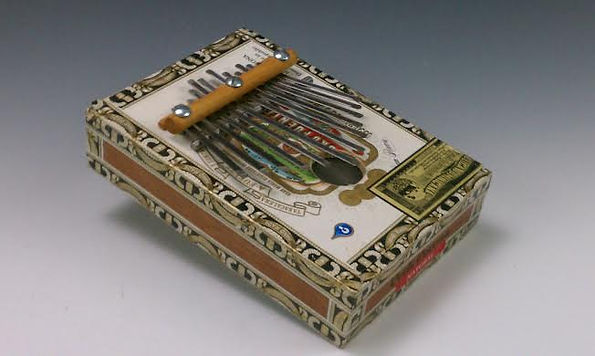 cigar box mbira.jpg