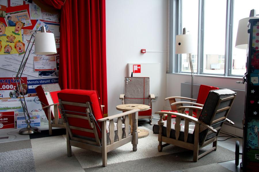 stoelen_wachtruimte_kantoor.jpg