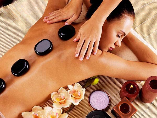 massage-aux-pierres-chaudes.jpg