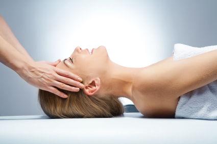 massage etherique.jpg