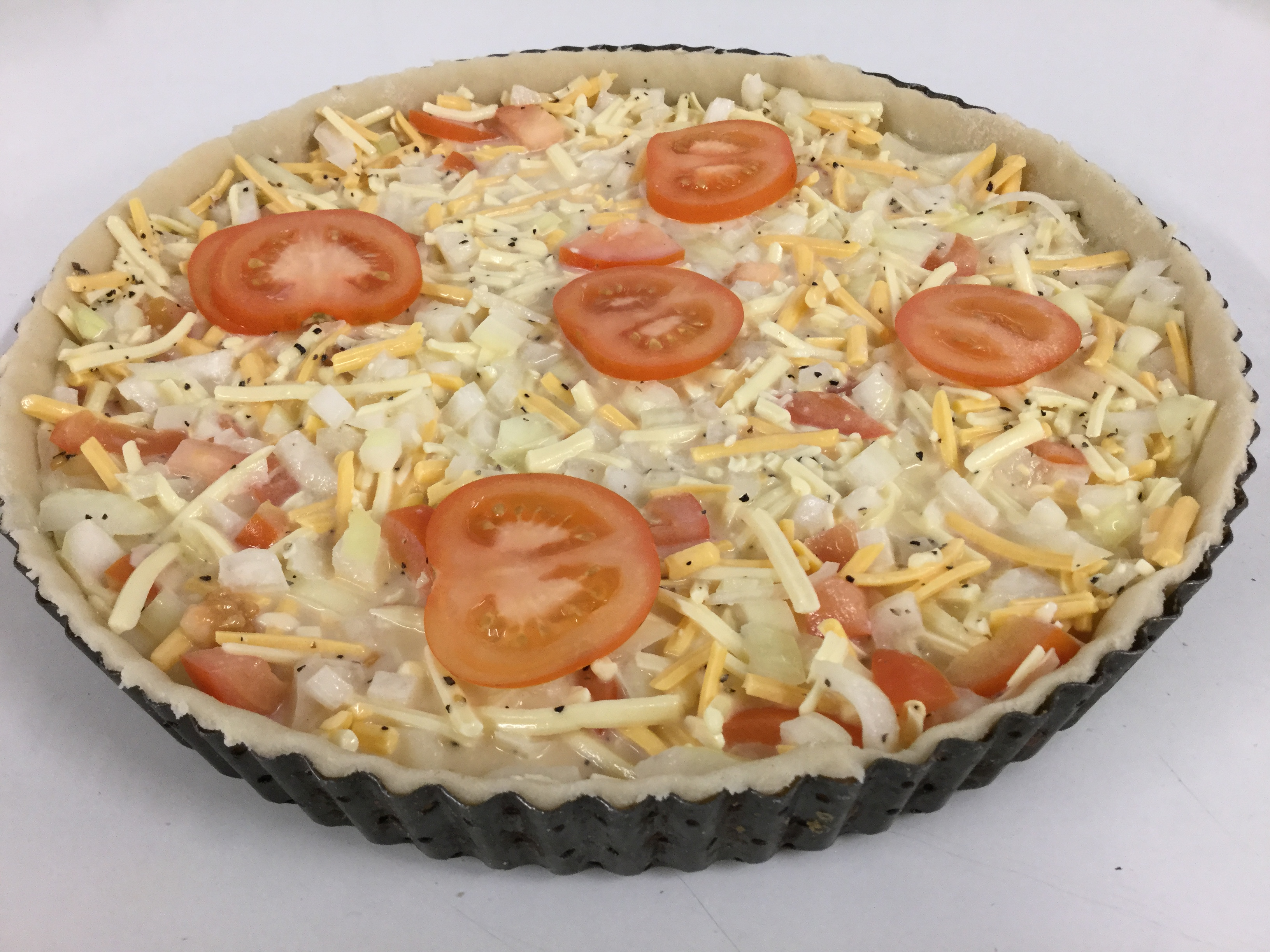 Homemade Cheese and Tomato Quiche