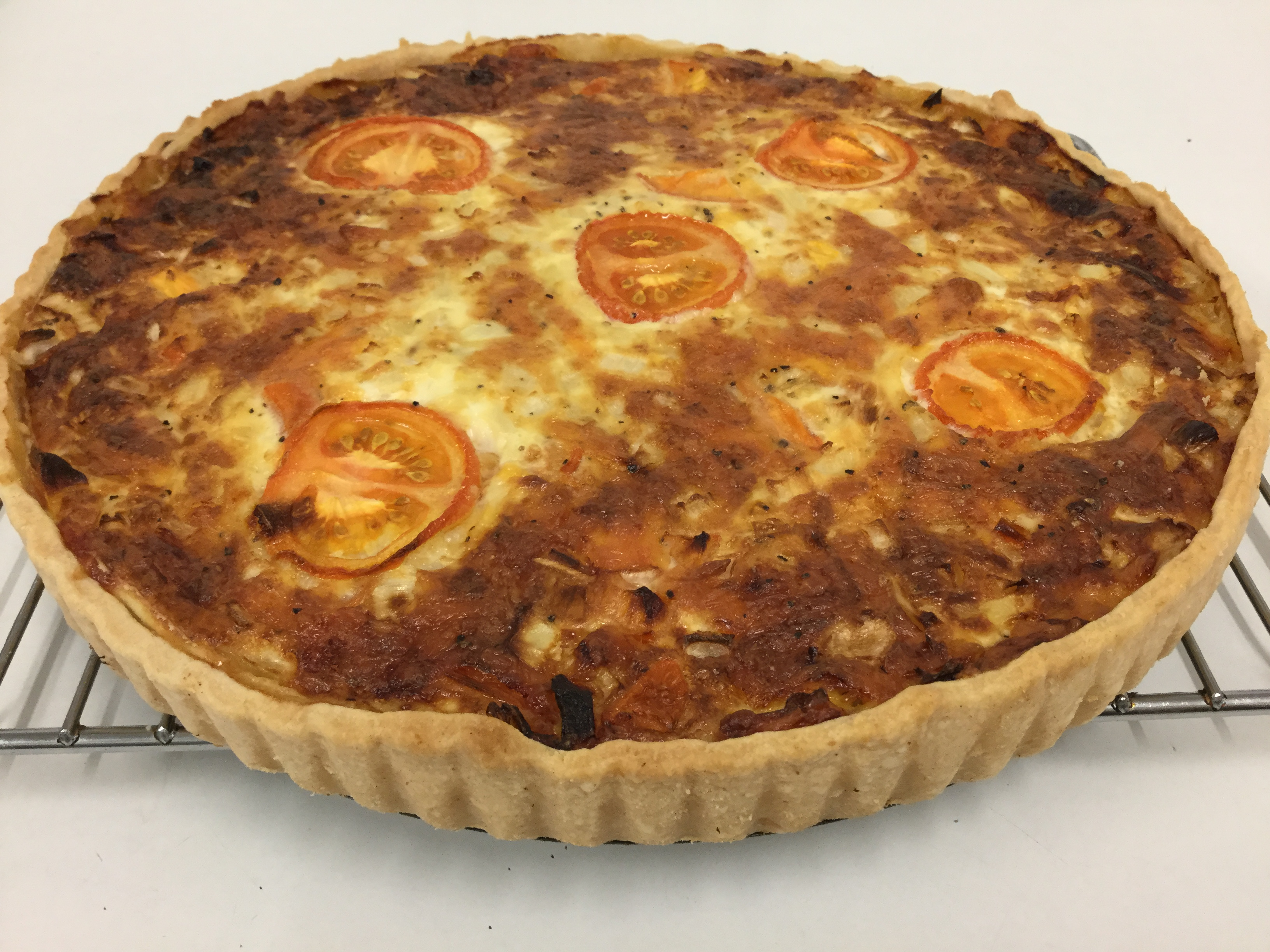Homemade Cheese & Tomato Quiche