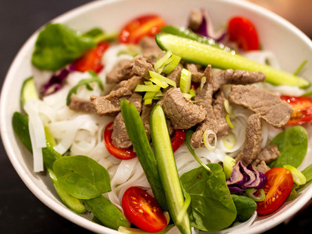 PRE/POST WORKOUT 10-MINUTE THAI BEEF SALAD