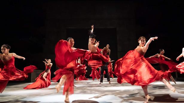 第32回全日本高校・大学ダンスフェスティバル(神戸)「特別賞(感性にあふれたすぐれた動きのテクニック)」受賞