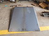 縞鋼板スロープ.JPG