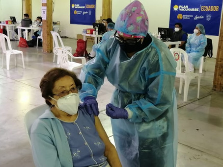 Más de un millón de dosis contra la COVID-19 se aplicaron en Ecuador: Presidente Moreno