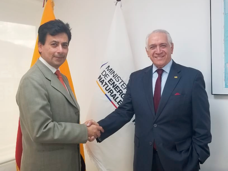 FERNANDO L. BENALCÁZAR ASUME EL VICEMINISTERIO DE MINAS