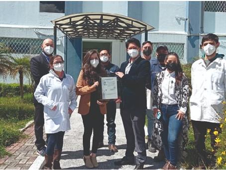 Laboratorio Químico del IIGE recibe Certificado de Acreditación