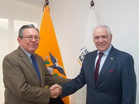 LUIS VINTIMILLA ASUME COMO VICEMINISTRO DE ELECTRICIDAD