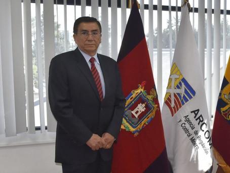Se designa al Ing. Gustavo Tapia Buenaño como Director Ejecutivo de la ARCOM