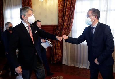 PRESIDENTE GUILLERMO LASSO RECIBIÓ A REPRESENTANTES DEL SECTOR MINERO