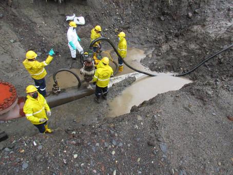 Petroecuador realizó simulacro de drenaje de petróleo en el SOTE, en el sector de San Luis, Napo