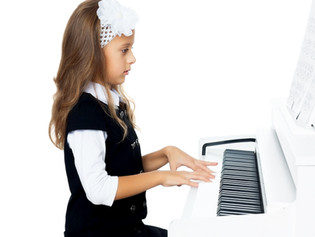 Summer Vacation is Here! Time to Start Piano Lessons!!